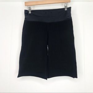 Lululemon Black Biker Shorts Sz 4